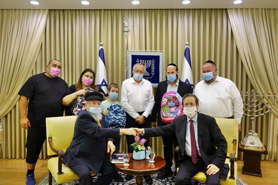 The president hosts the team Yad BeYad